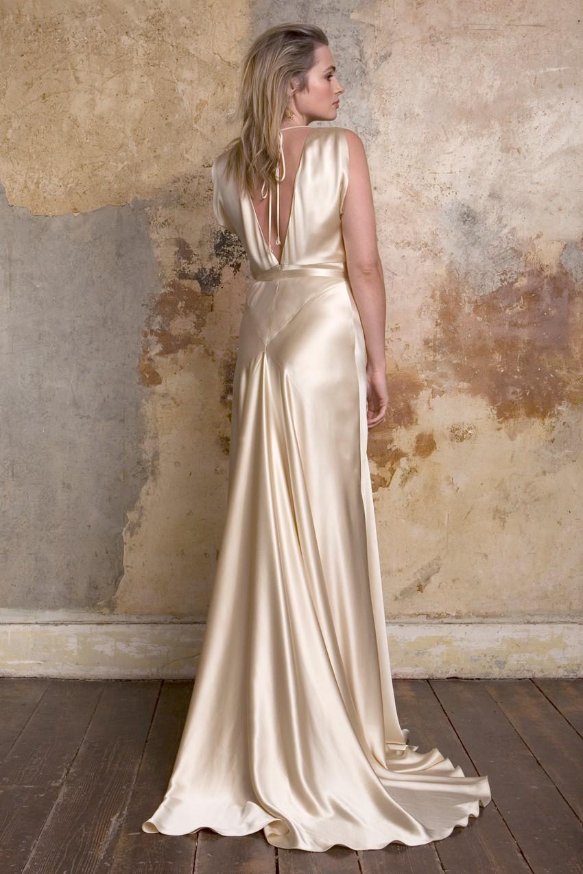 vintage silk wedding dresses photo - 1