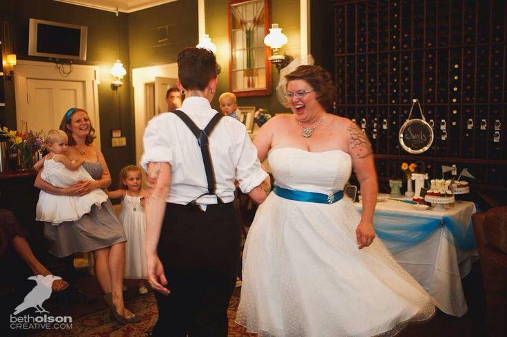 wedding dresses 1950s photo - 1