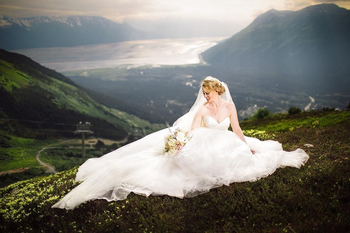 wedding dresses anchorage photo - 1