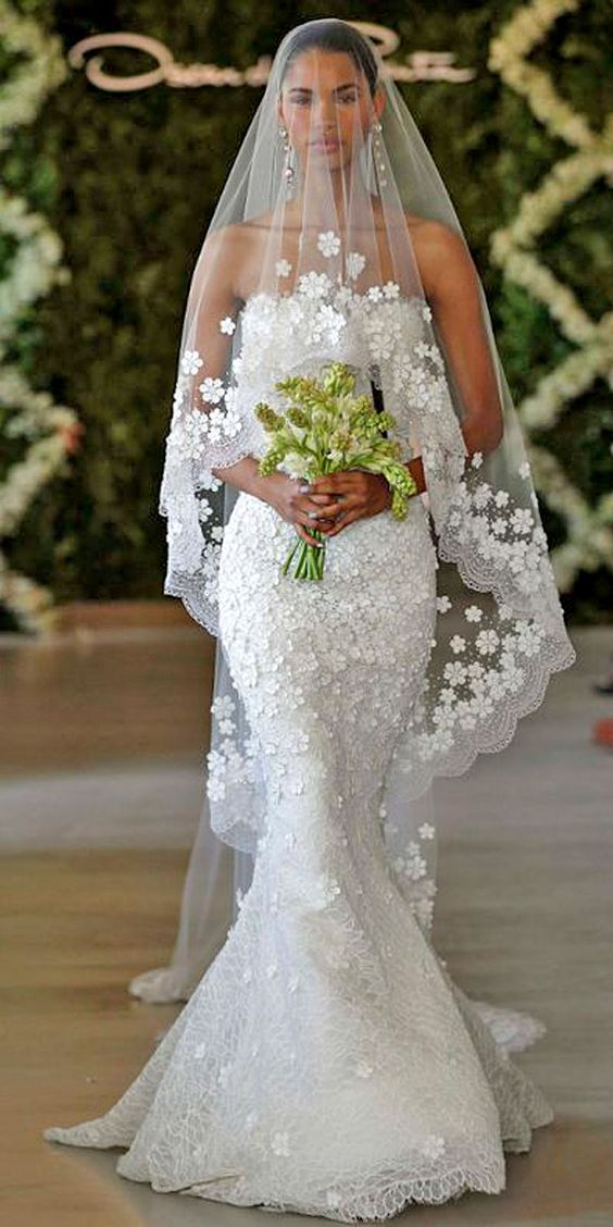 wedding dresses and veils photo - 1