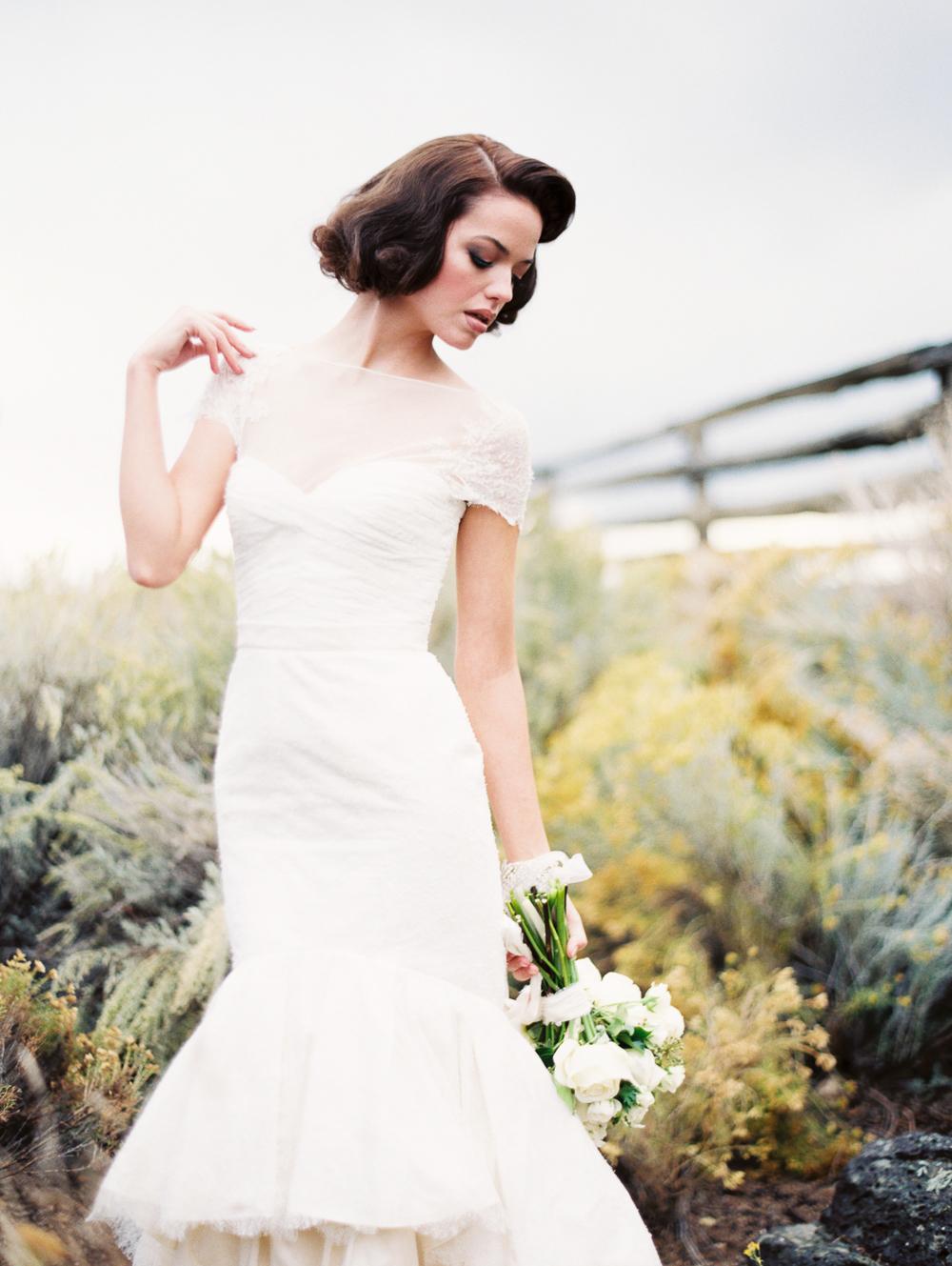 wedding dresses bend oregon photo - 1