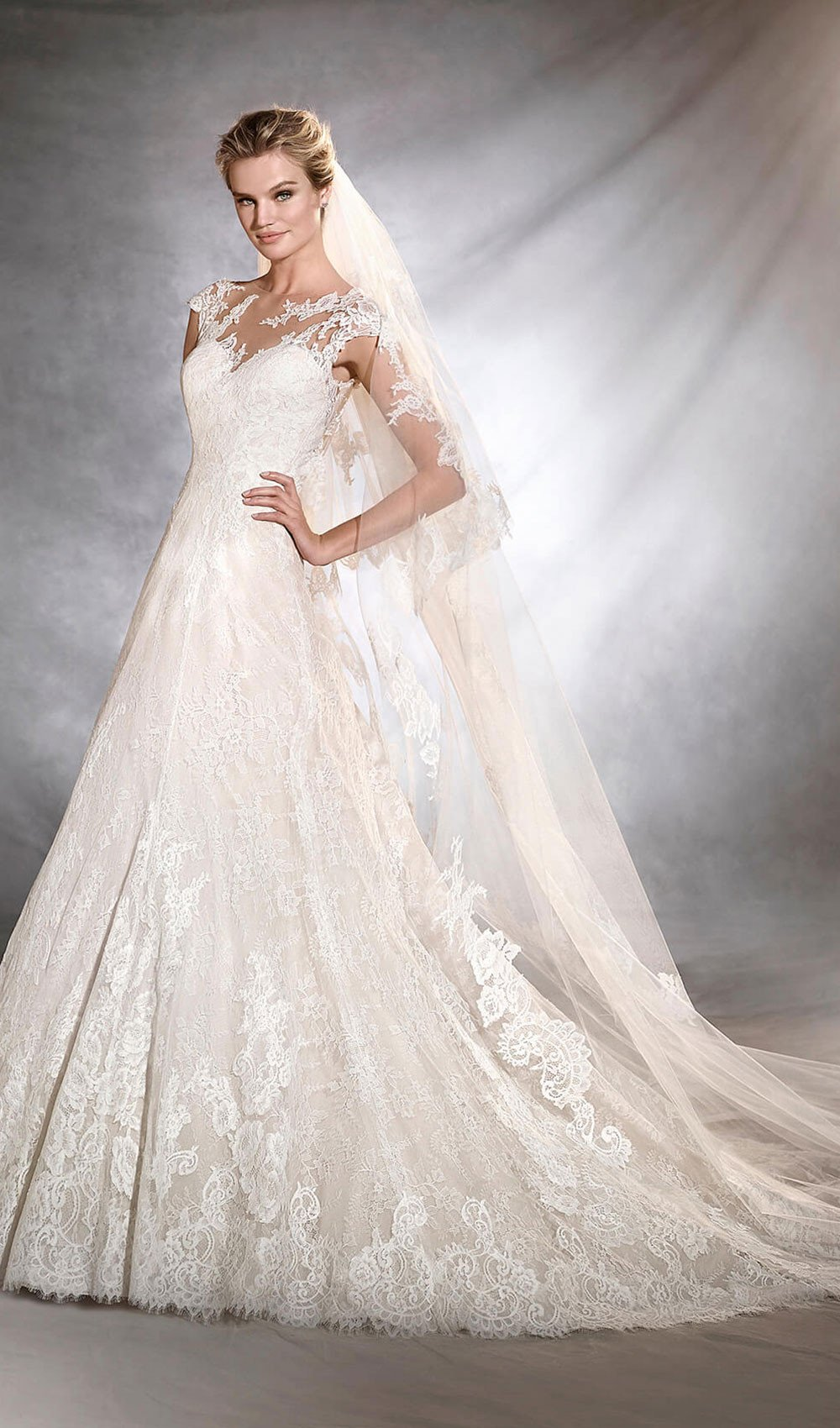 wedding dresses des moines photo - 1