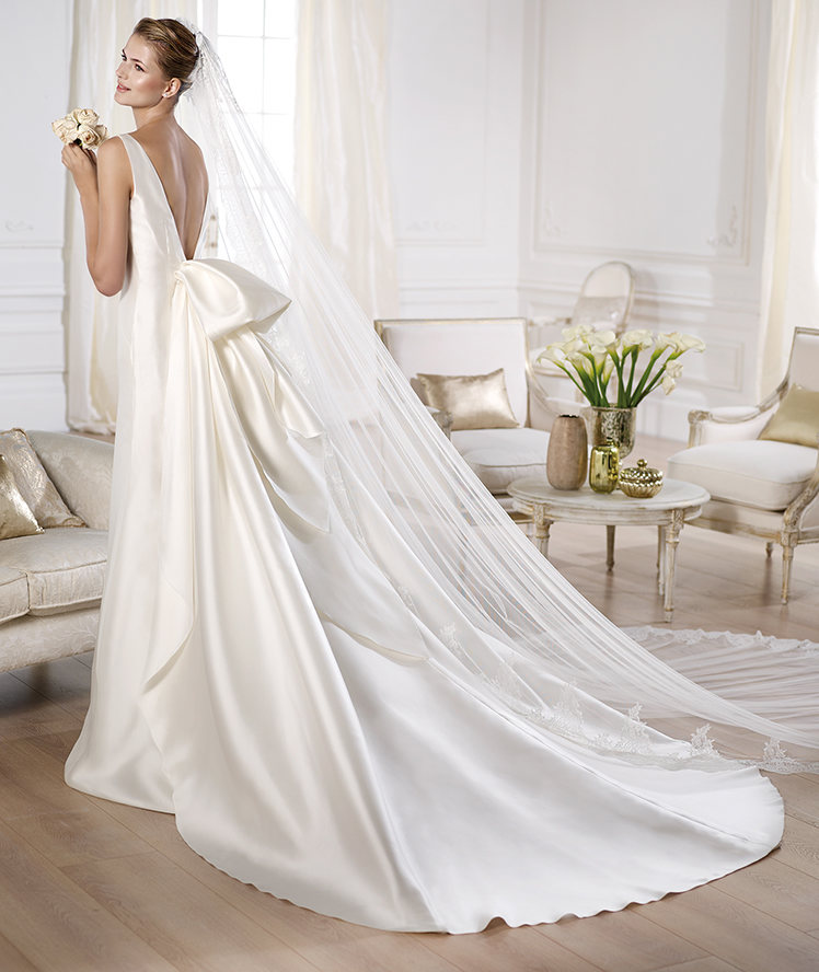 wedding dresses detachable trains photo - 1
