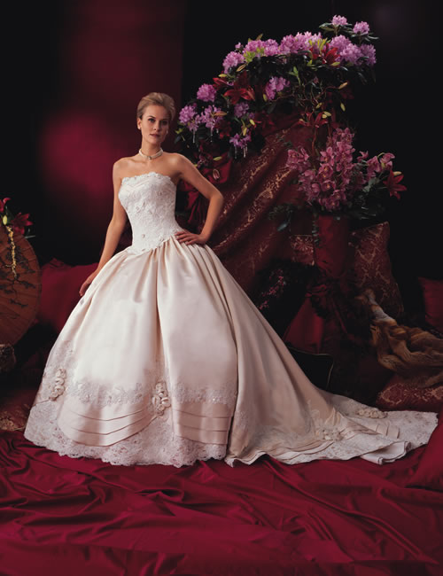 wedding dresses fantasy photo - 1