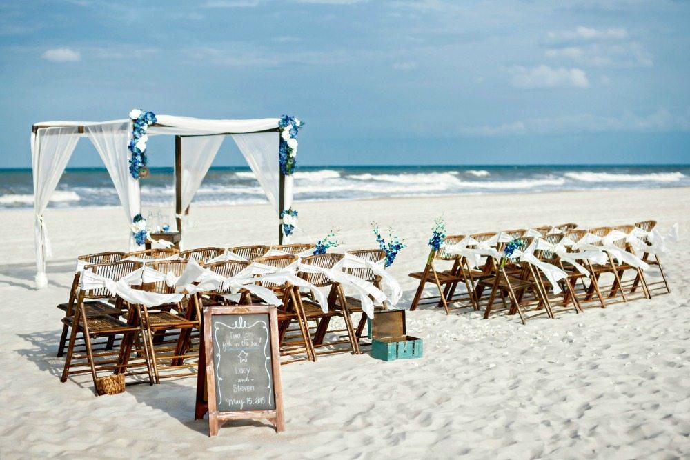 wedding dresses for a beach ceremony photo - 1