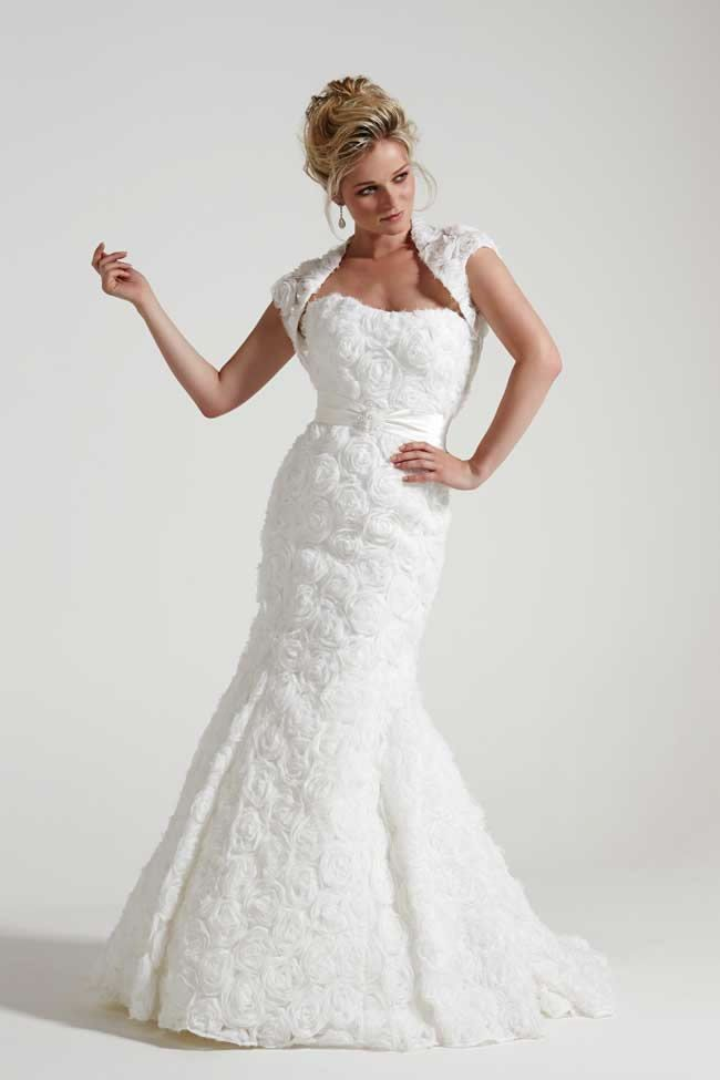 wedding dresses for mature brides over 60 photo - 1