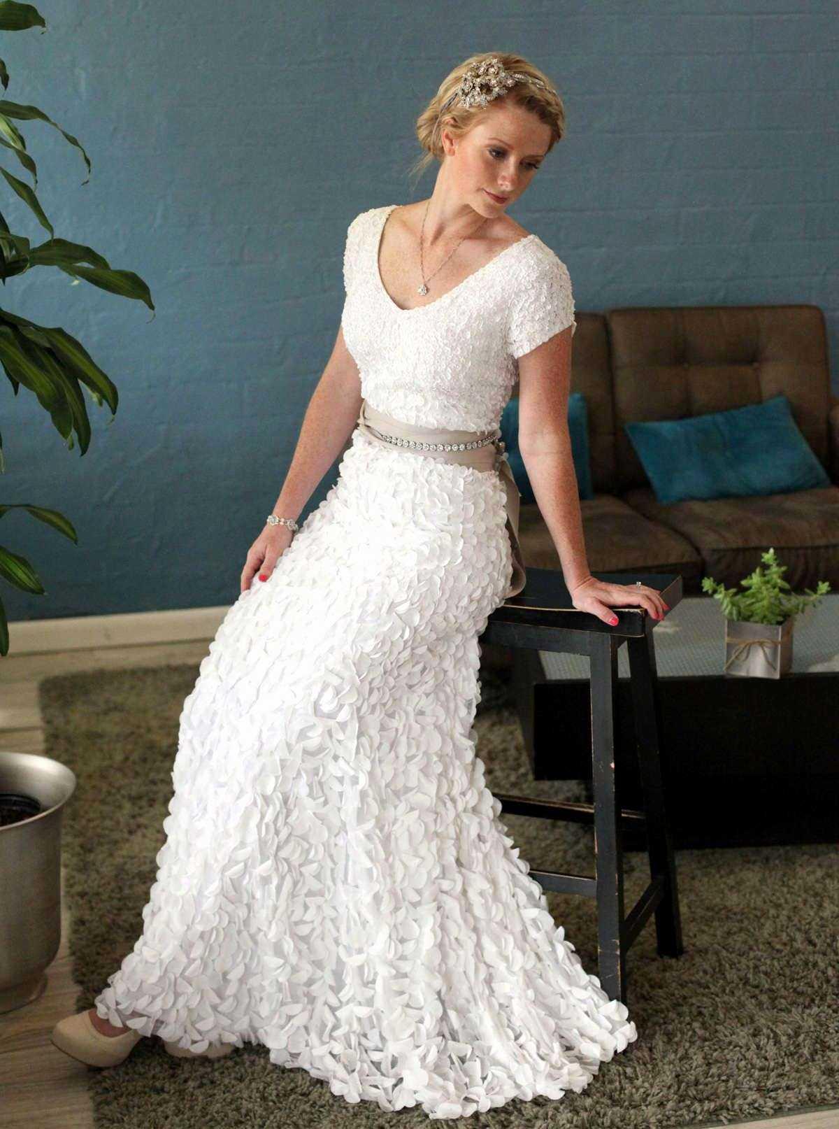 wedding dresses for older women photo - 1