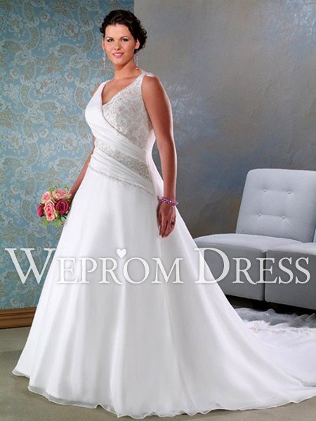 wedding dresses for pear shaped plus size photo - 1