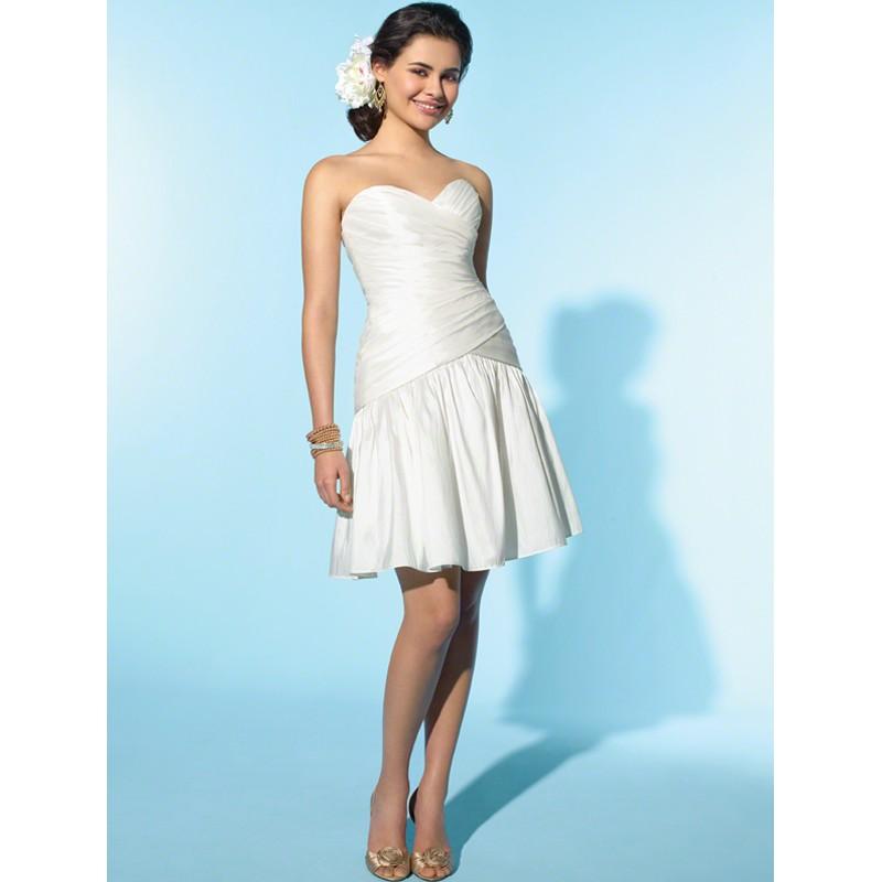 wedding dresses for short girls photo - 1