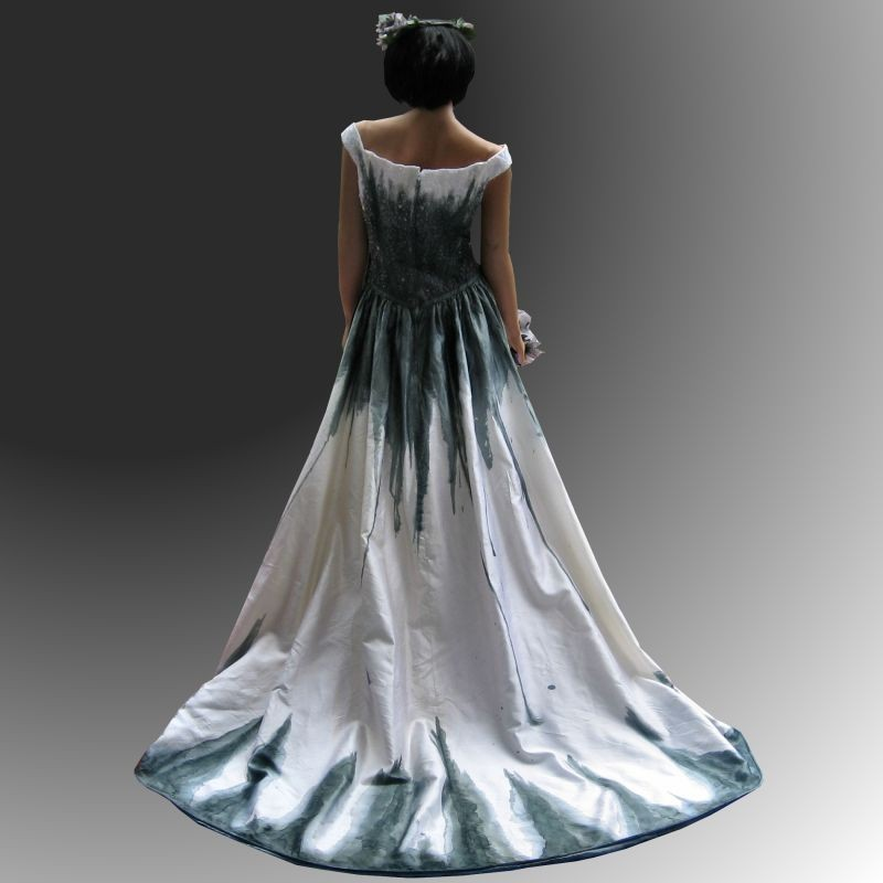 wedding dresses gothic photo - 1