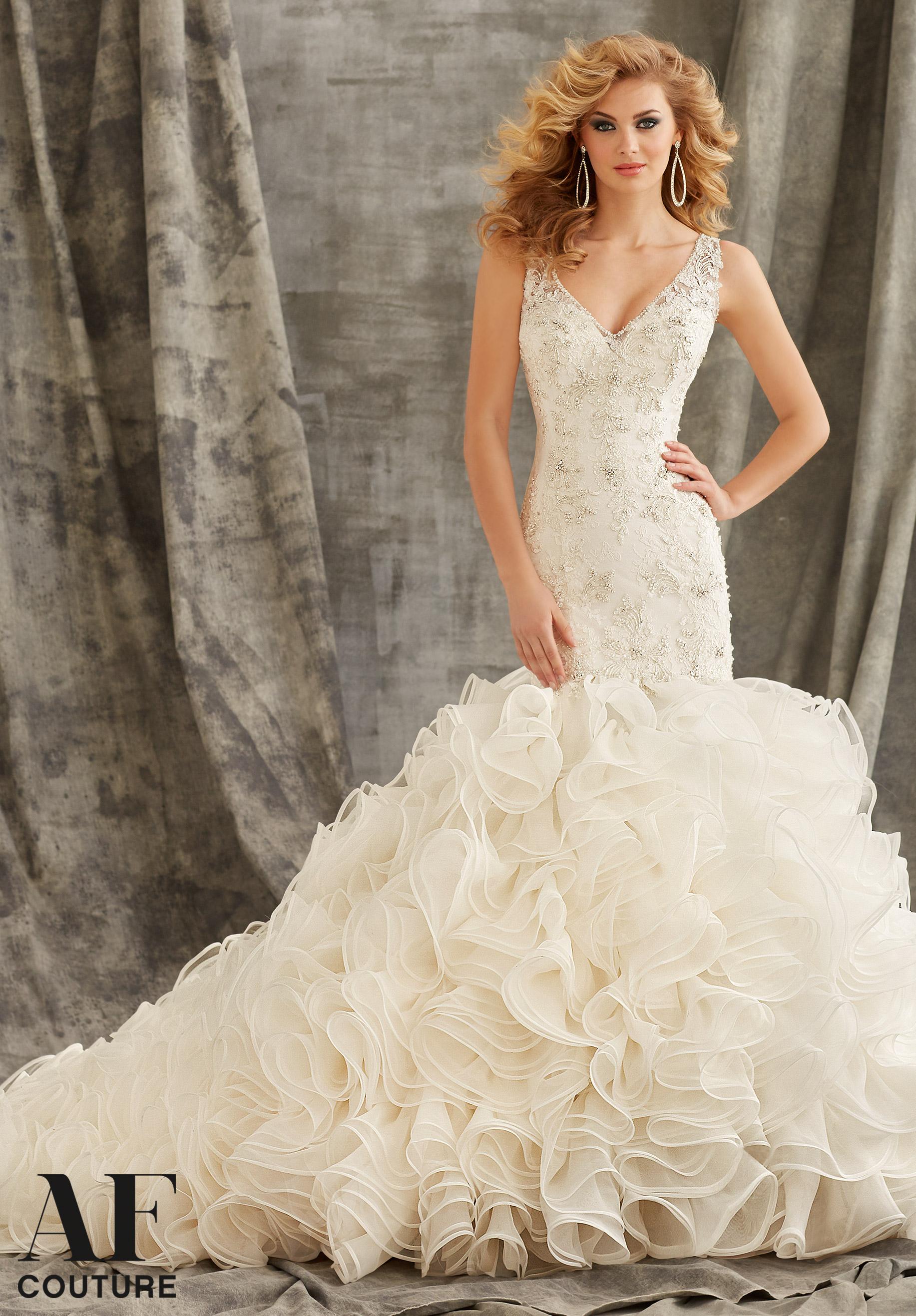 wedding dresses halter neckline photo - 1