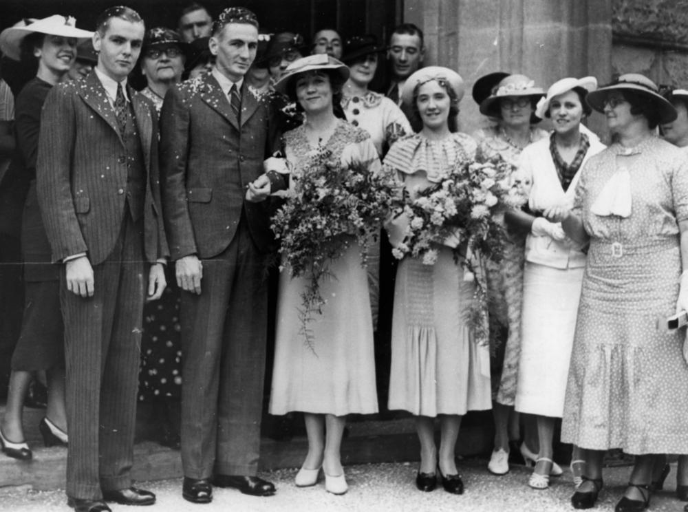 wedding dresses history photo - 1