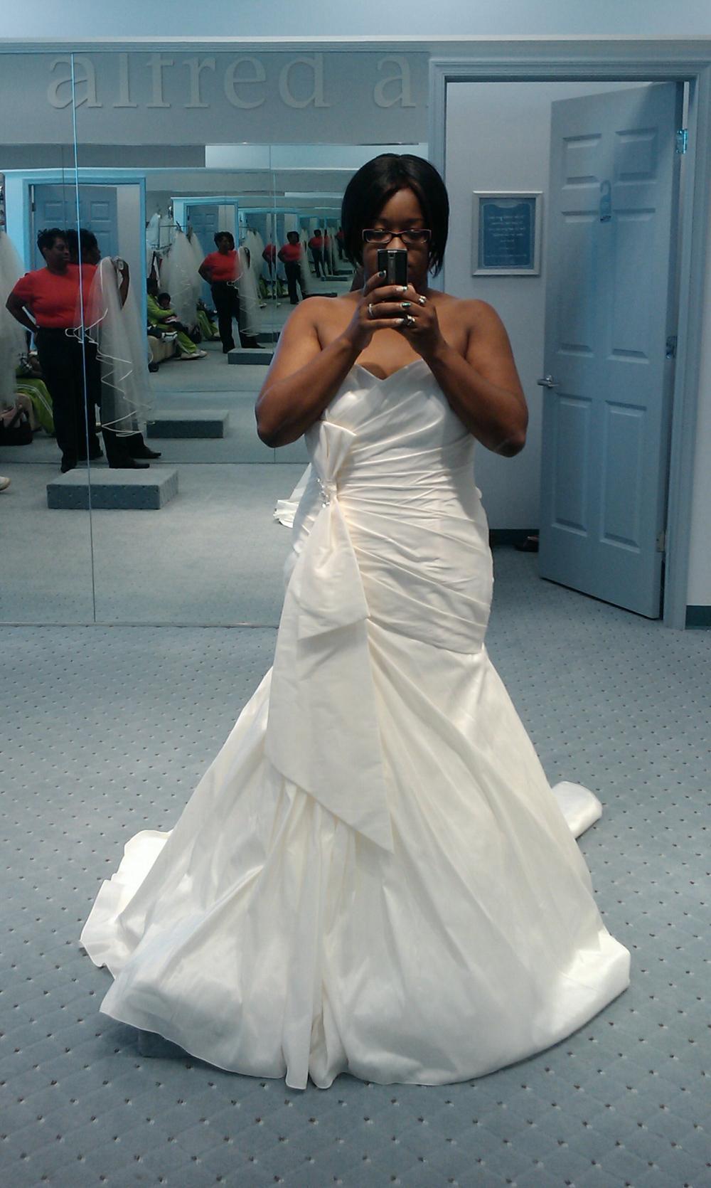 wedding dresses in jamaica photo - 1