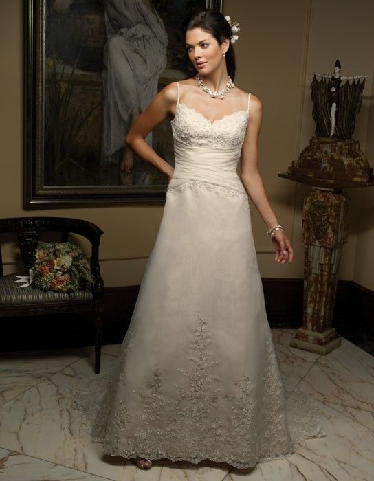 wedding dresses in plus size photo - 1