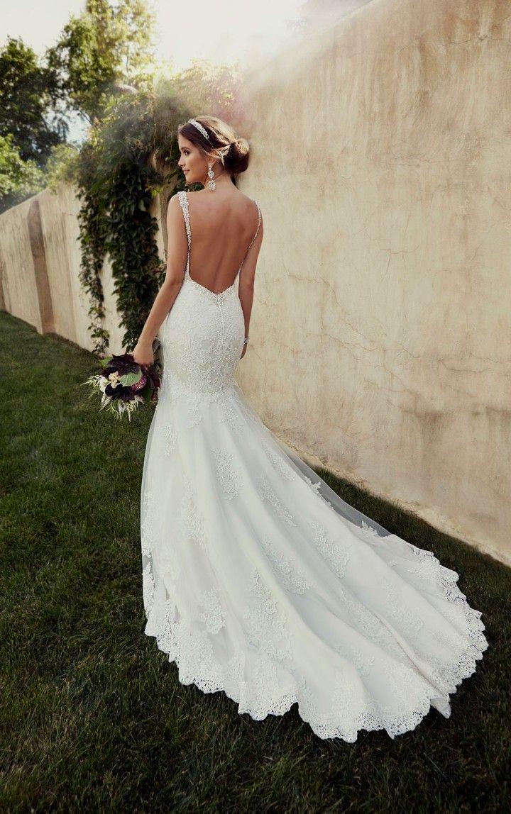 wedding dresses low back photo - 1