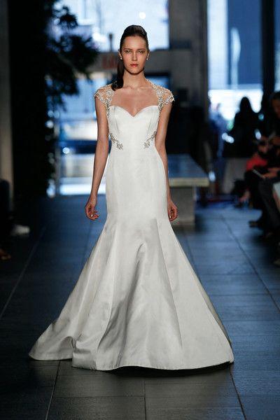 wedding dresses on line photo - 1