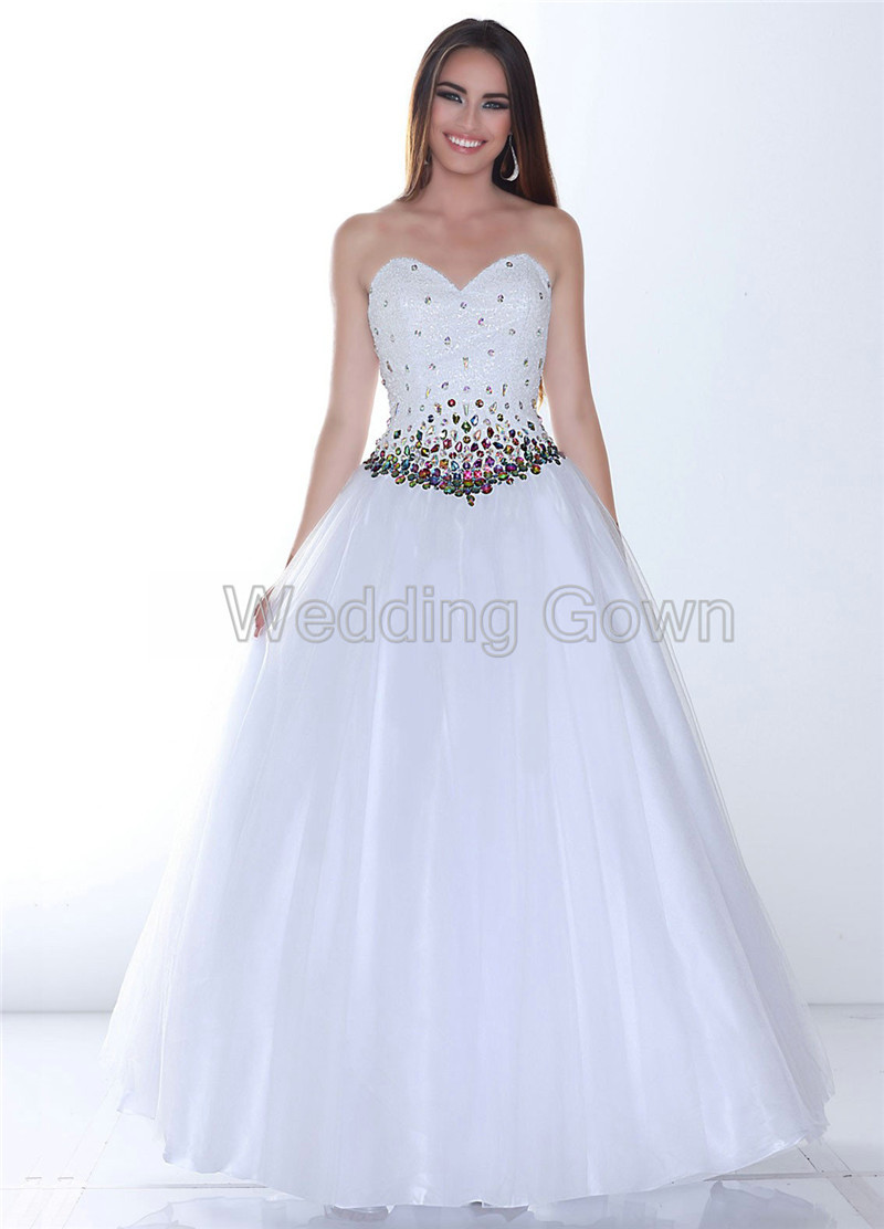 wedding dresses outlet stores photo - 1