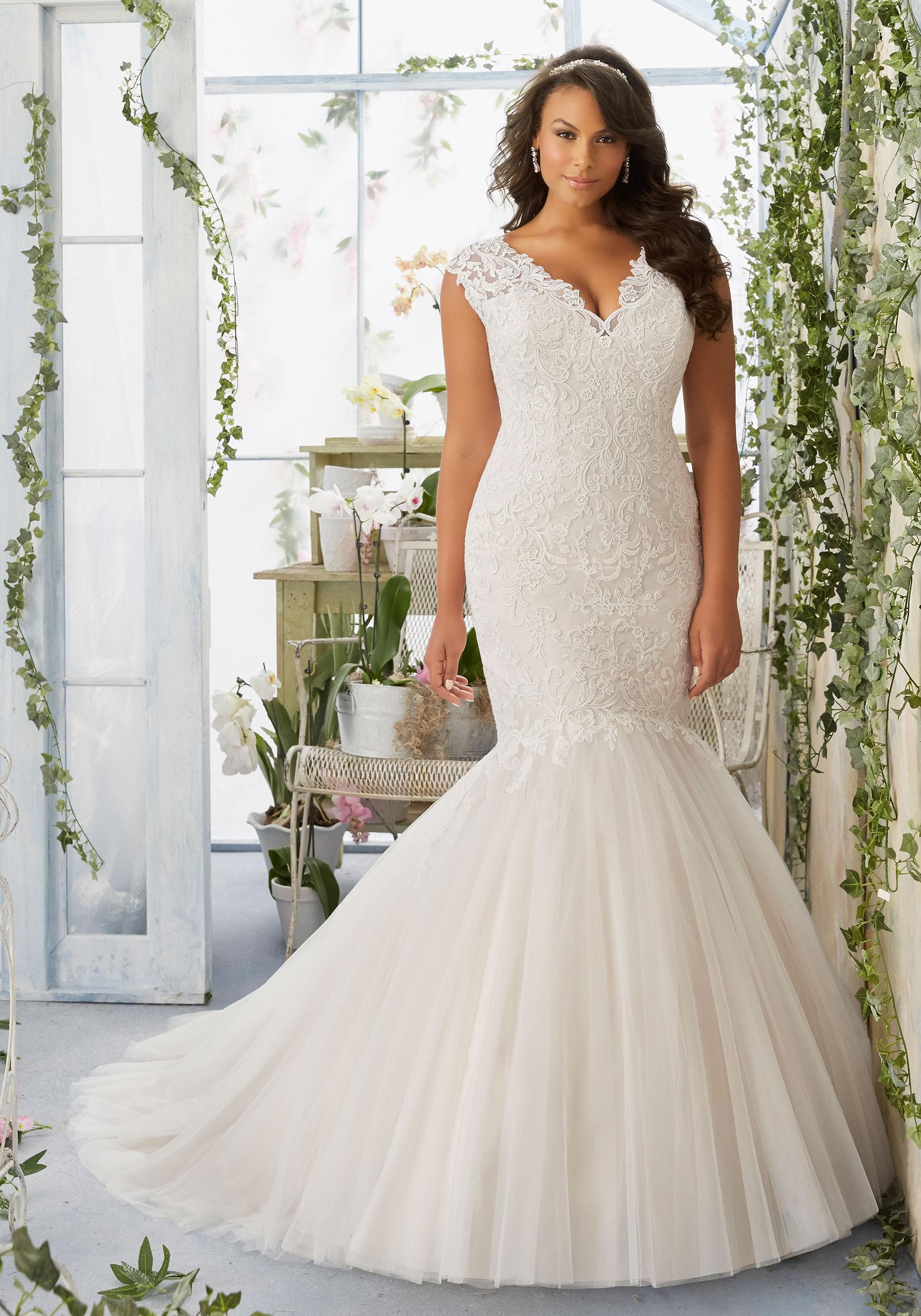 wedding dresses plus sizes photo - 1