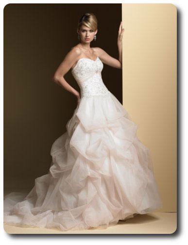 wedding dresses rent photo - 1