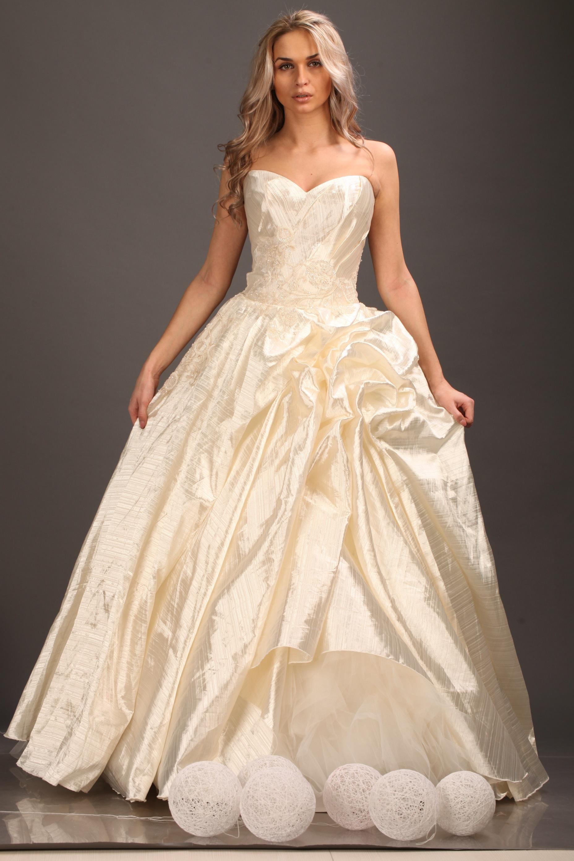 wedding dresses store nyc photo - 1