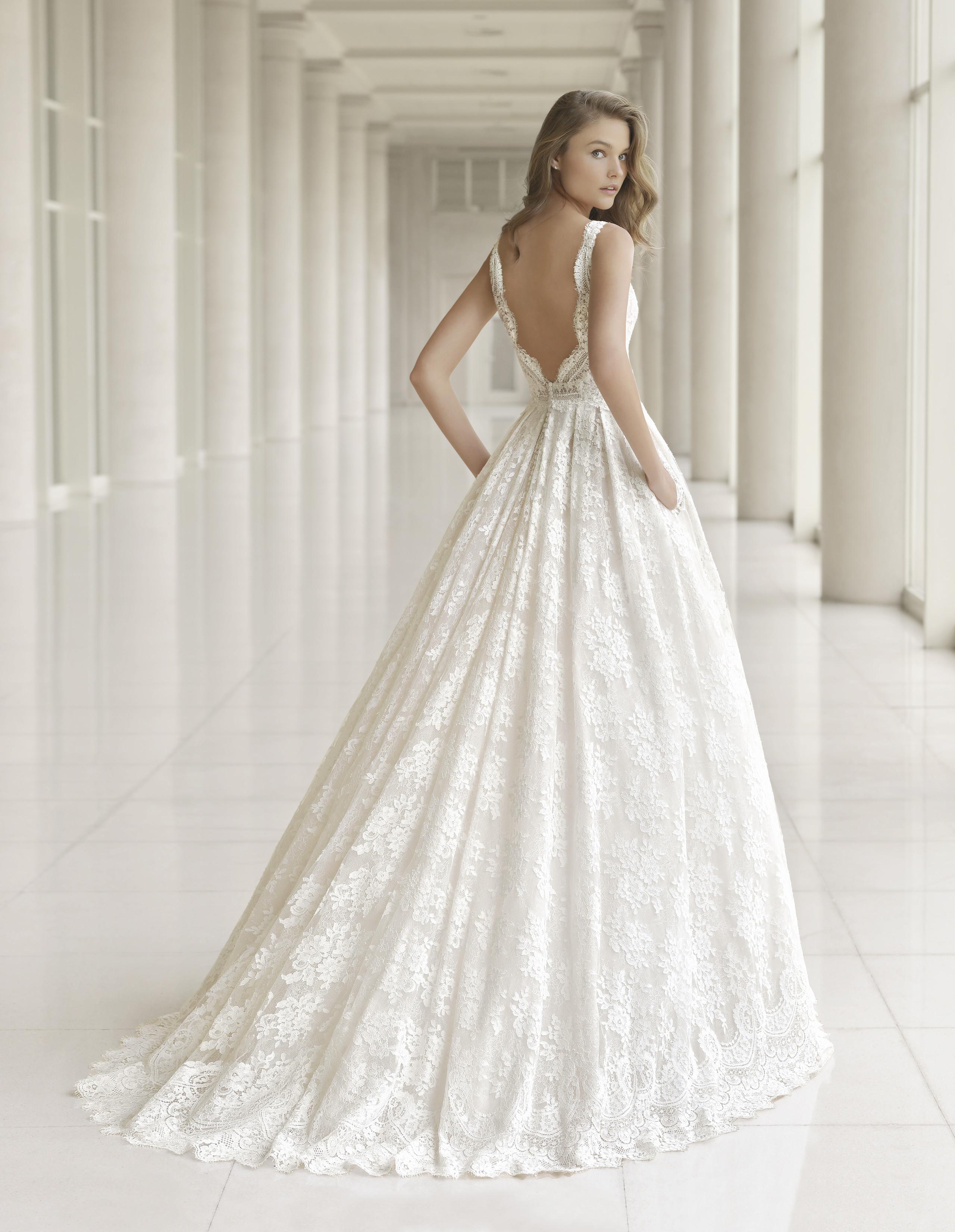 wedding dresses under 500 photo - 1
