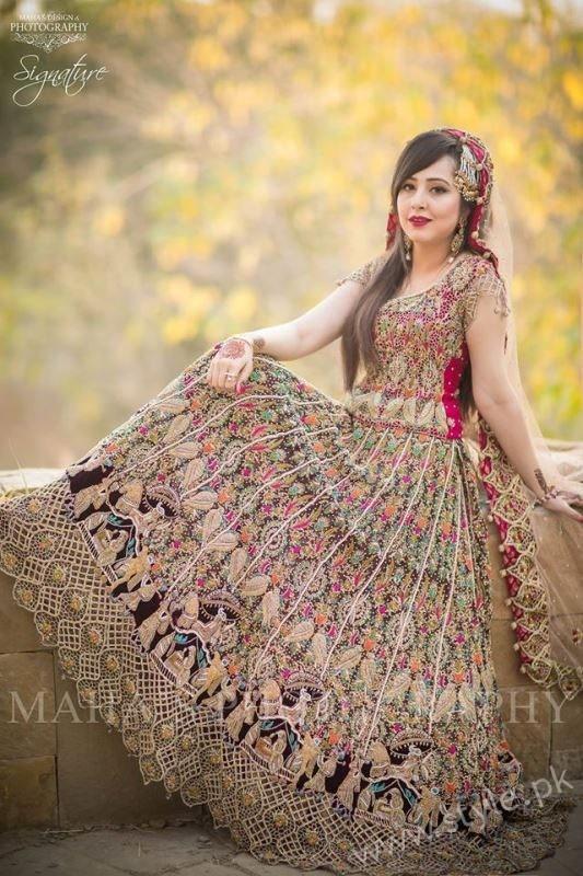 wedding dresses used photo - 1