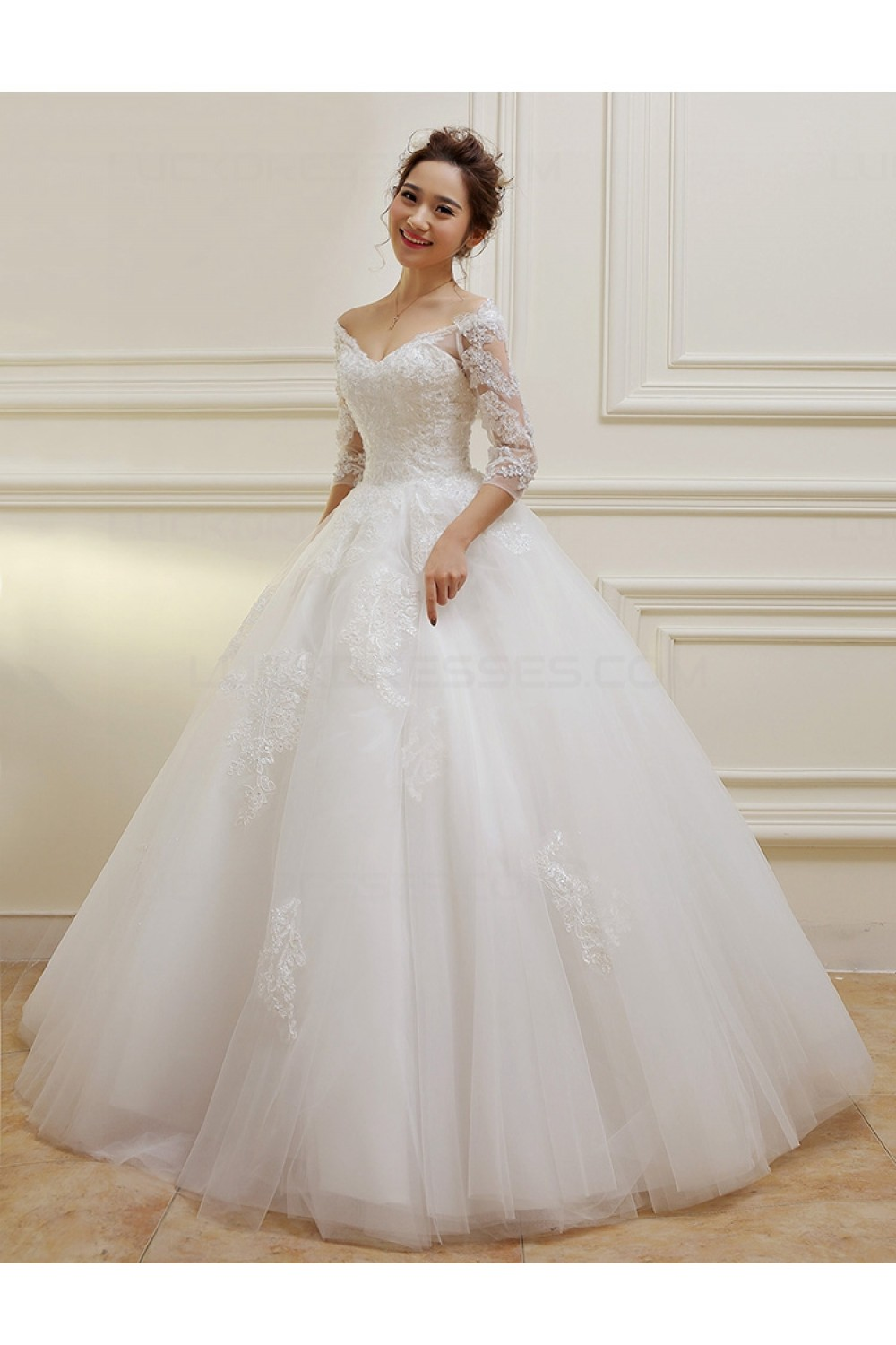 wedding dresses with 3 4 sleeves photo - 1
