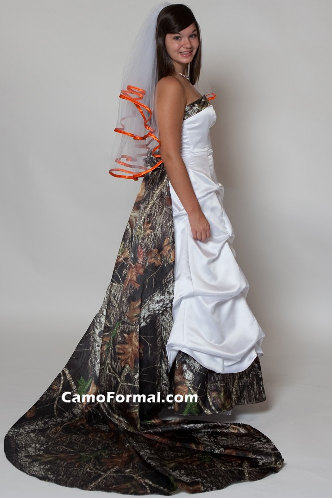 wedding dresses with camo accents photo - 1