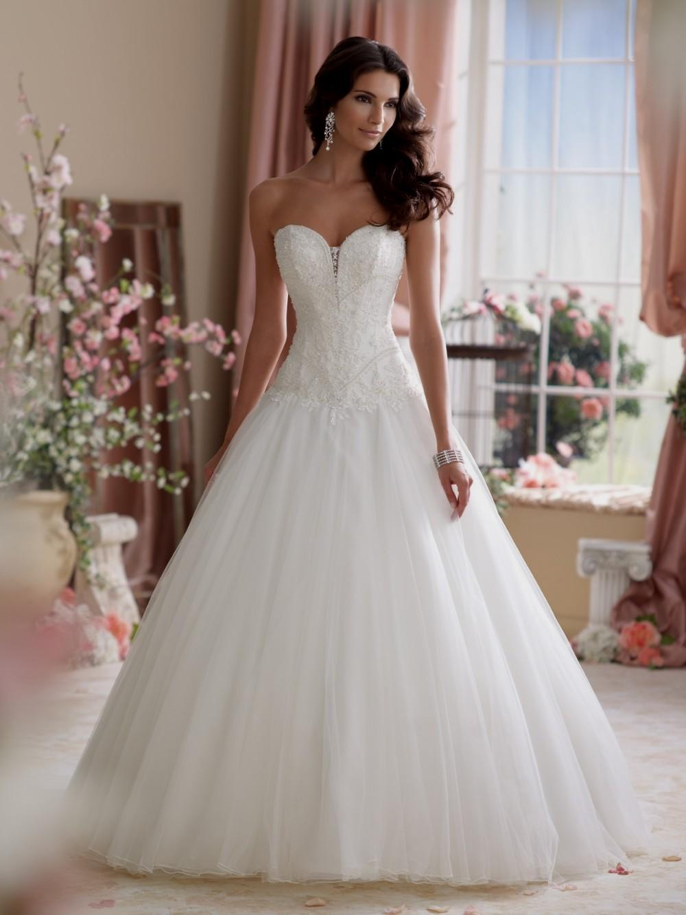 wedding dresses with corsets photo - 1