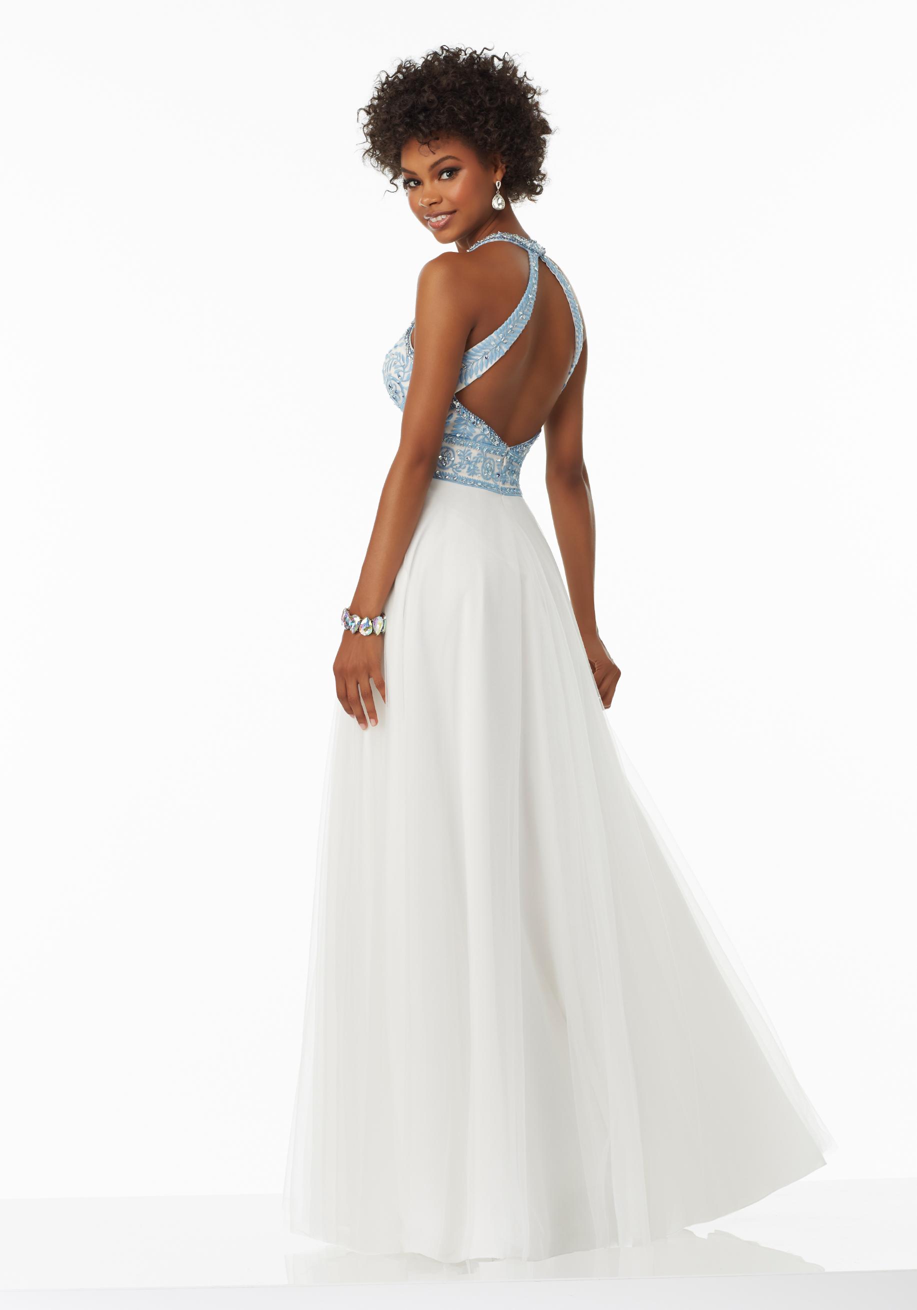 wedding dresses with halter neckline photo - 1