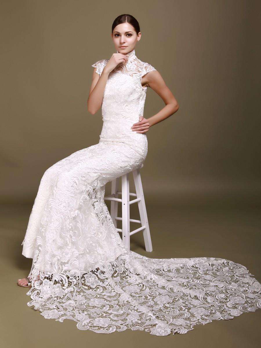 wedding dresses with lace backs photo - 1