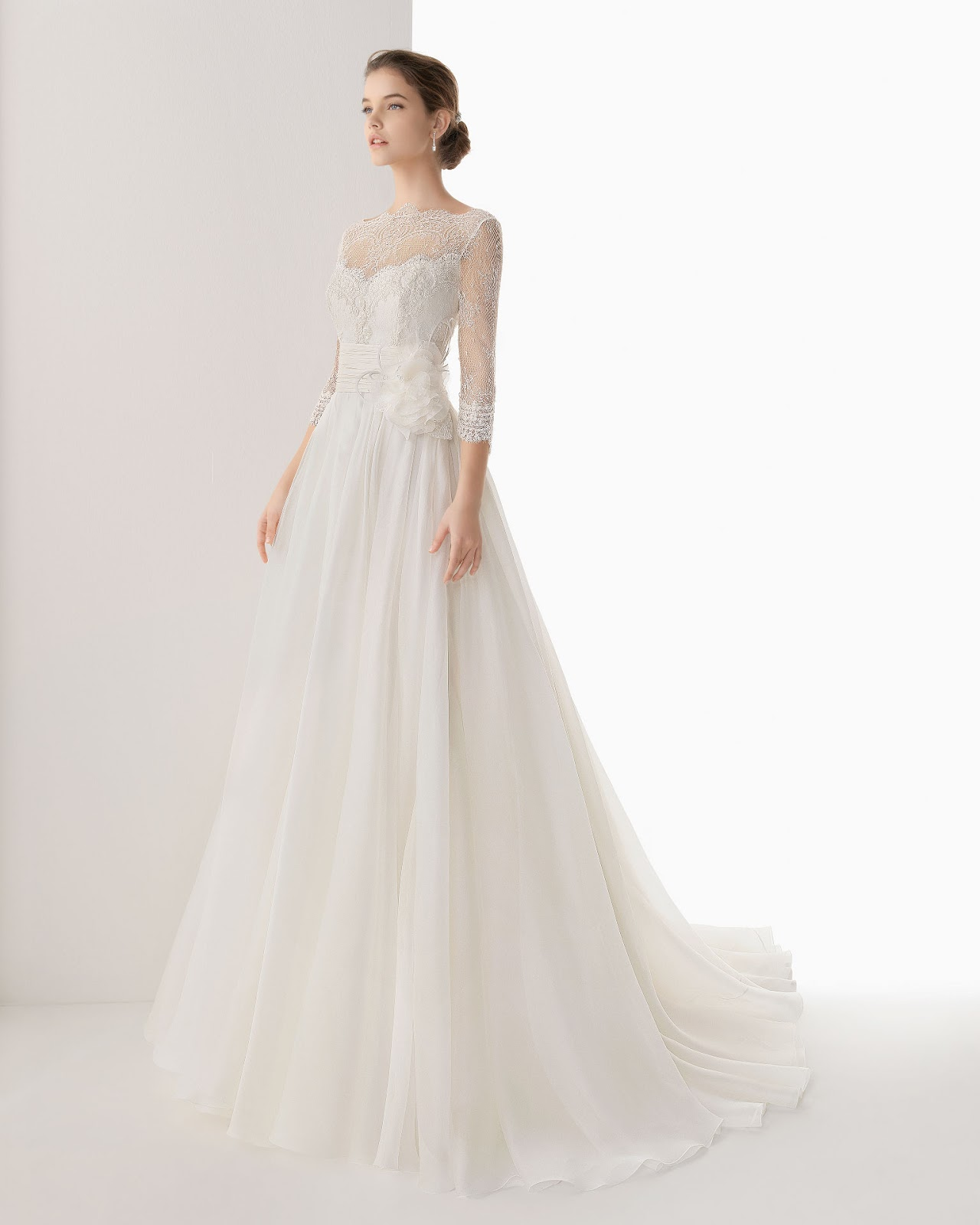 wedding dresses with lace long sleeves photo - 1