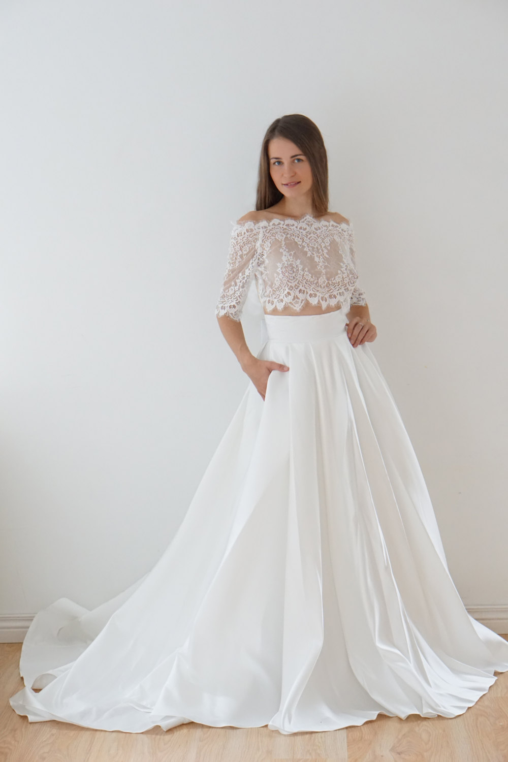 wedding dresses with lace top photo - 1