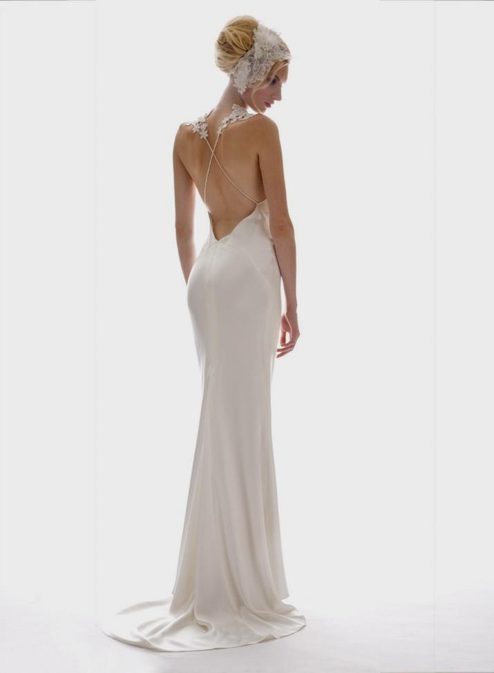 wedding dresses with low backs photo - 1