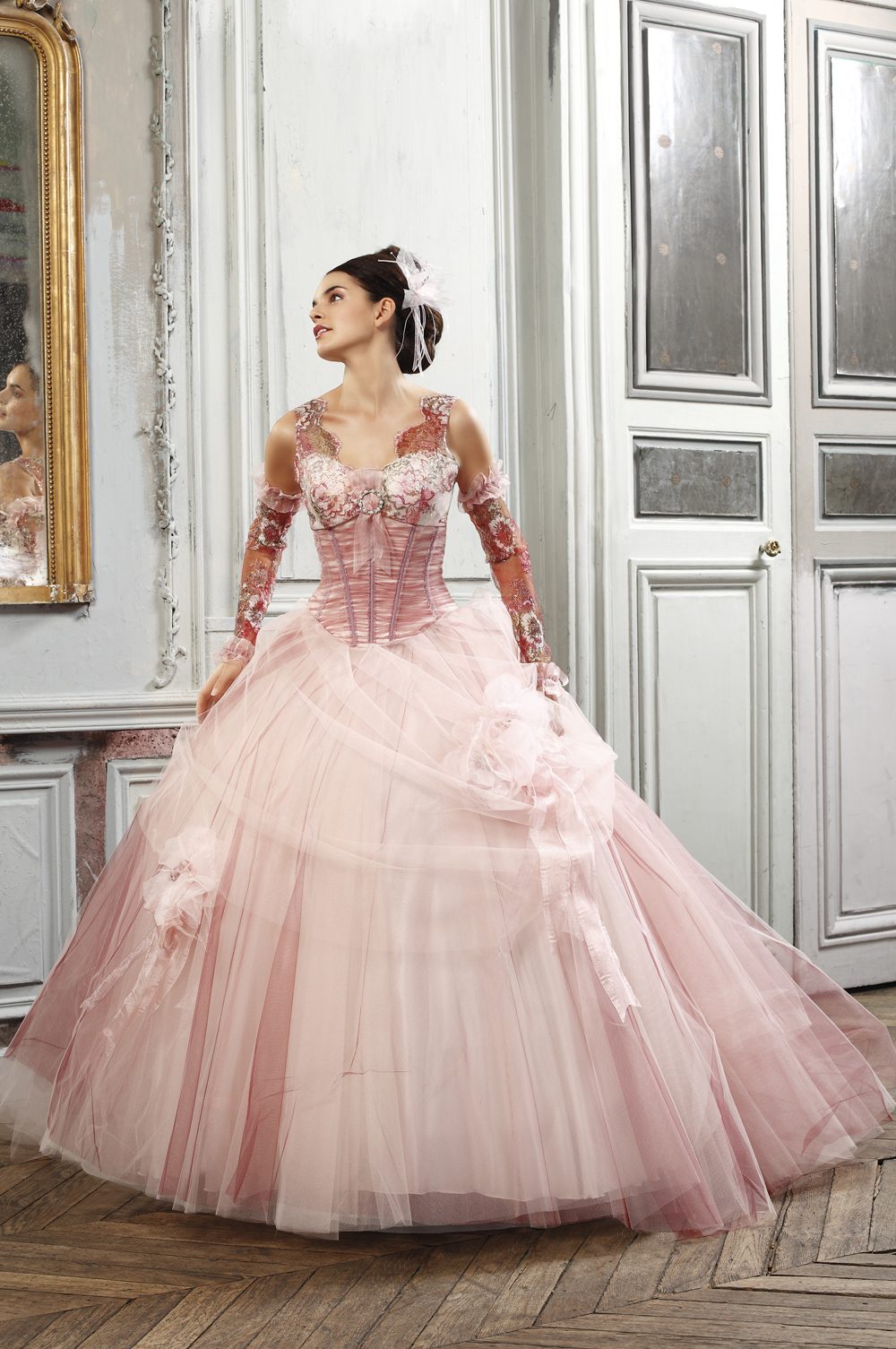 wedding dresses with roses photo - 1