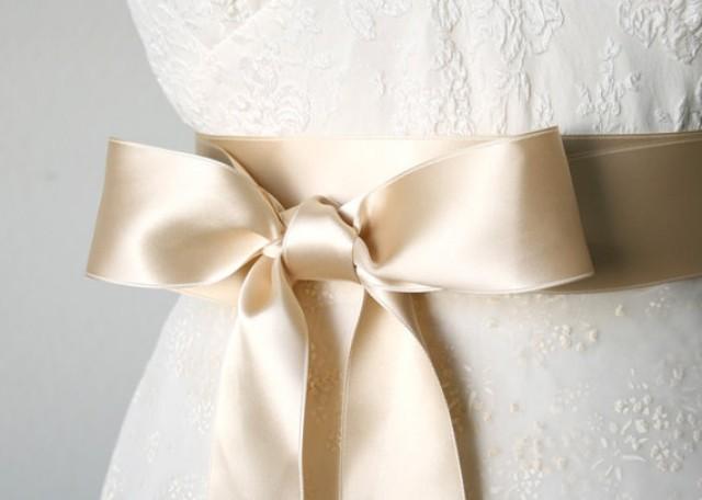 wedding dresses with sashes photo - 1