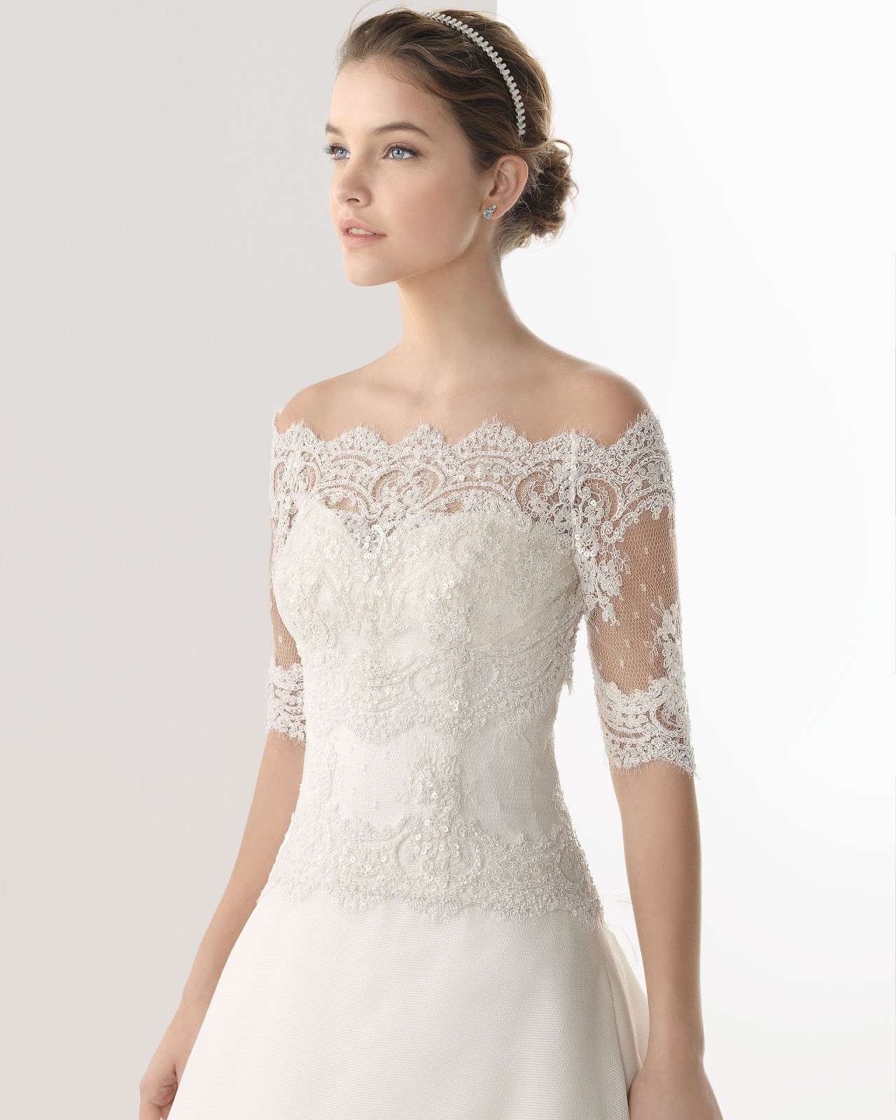 wedding dresses with sleeves and lace photo - 1