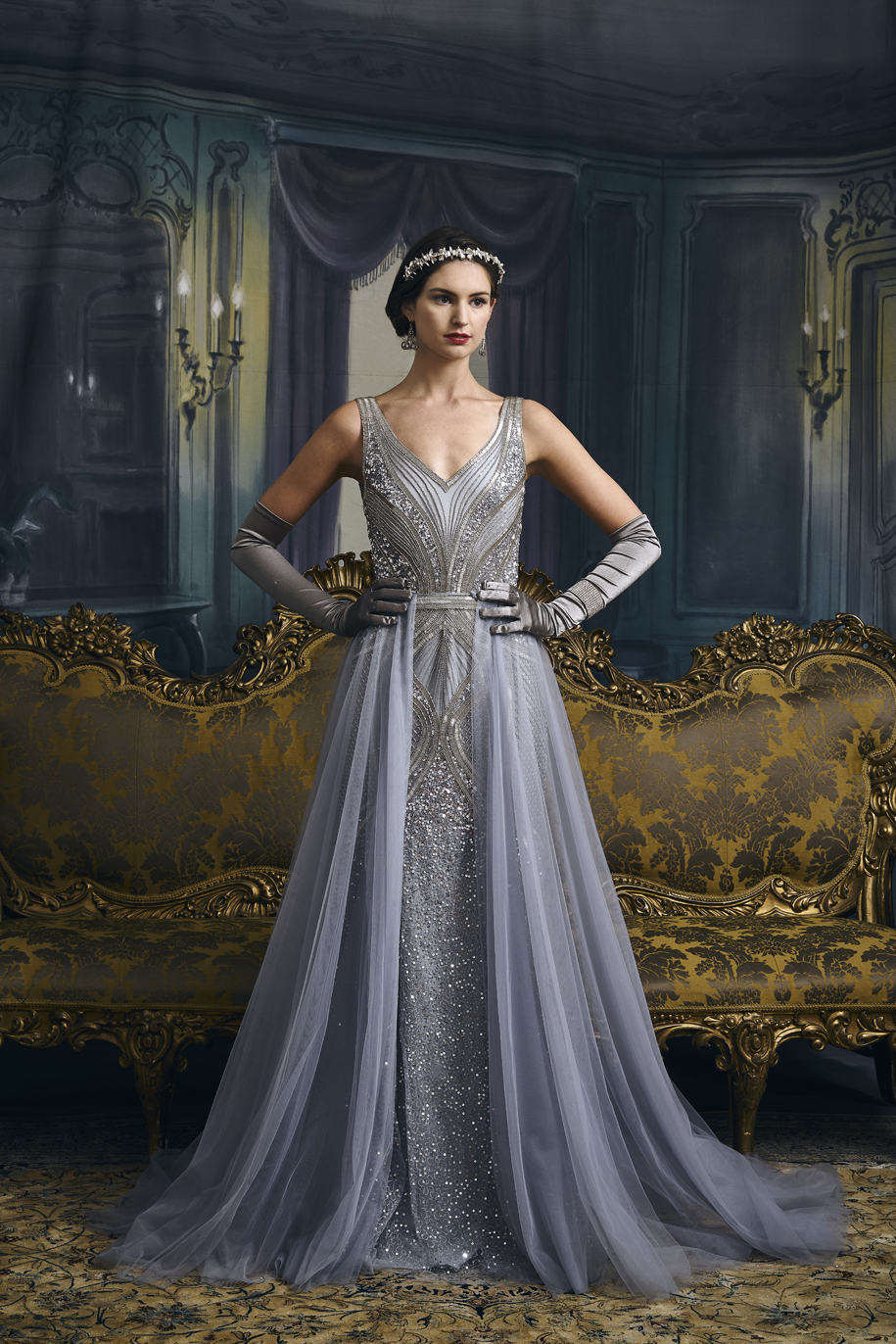 wedding dresses with sparkle photo - 1