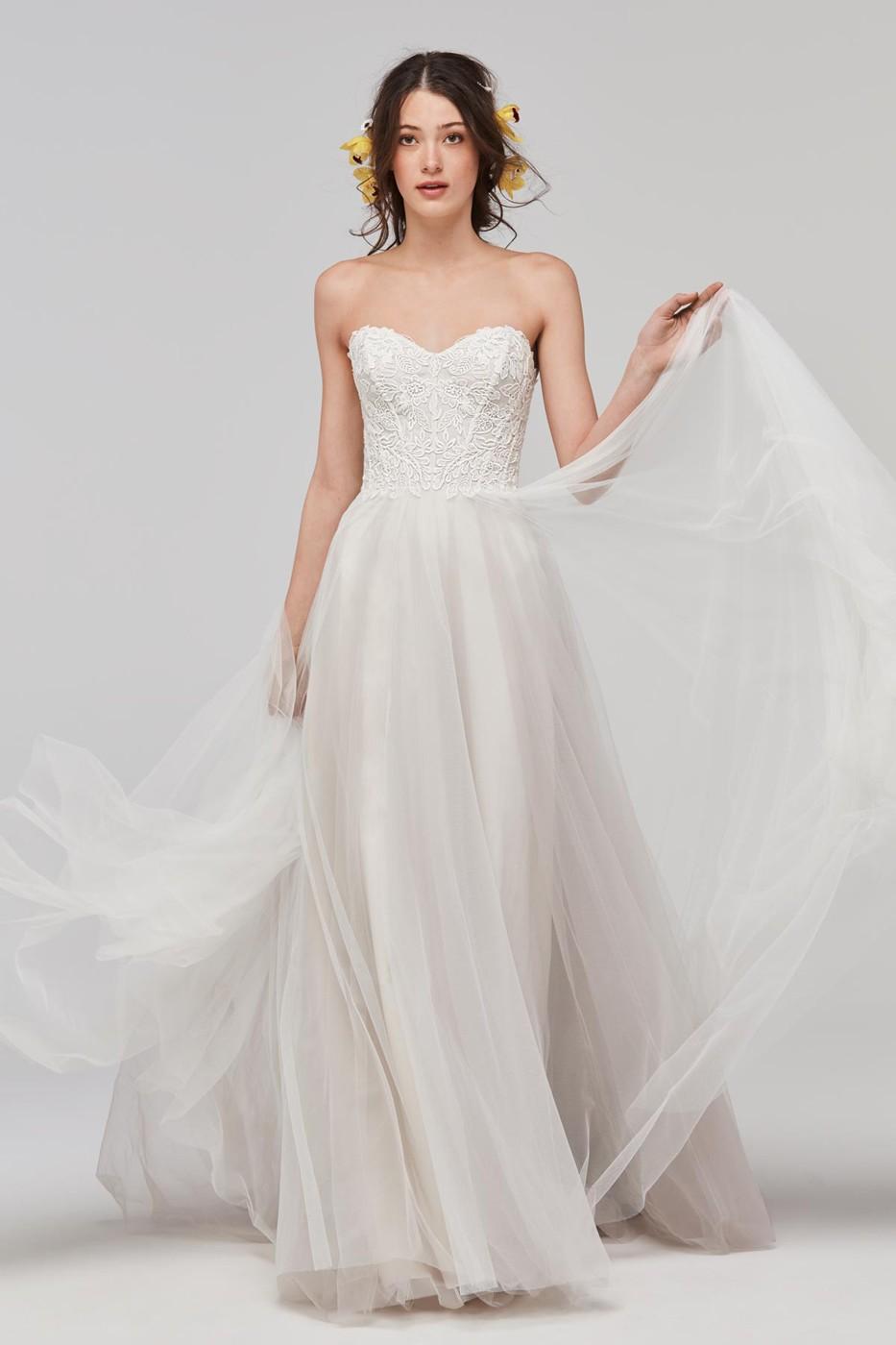 wedding dresses with sweetheart neckline photo - 1