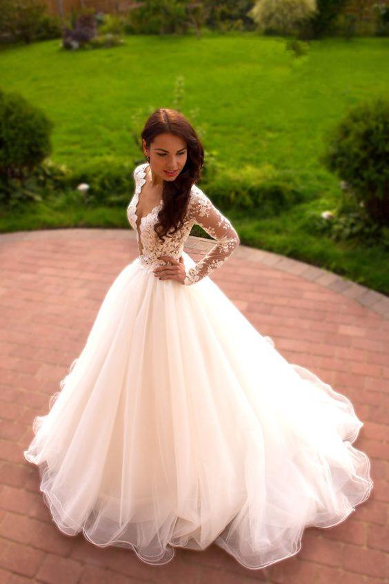 wedding dresses without sleeves photo - 1