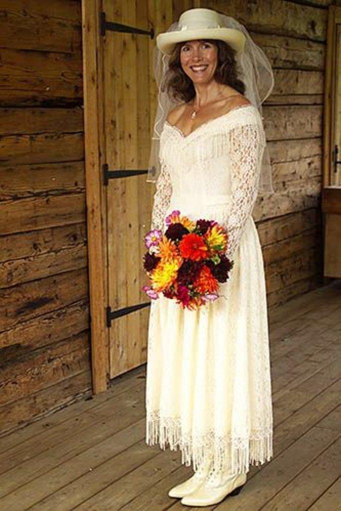 western themed wedding dresses photo - 1