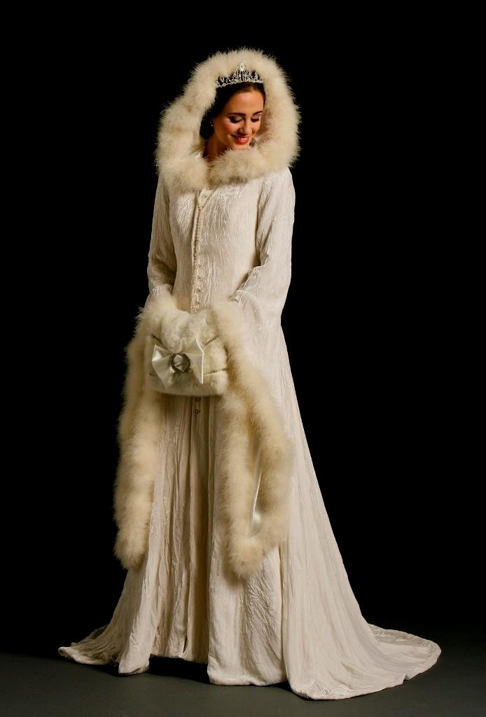 winter wedding dresses with fur photo - 1
