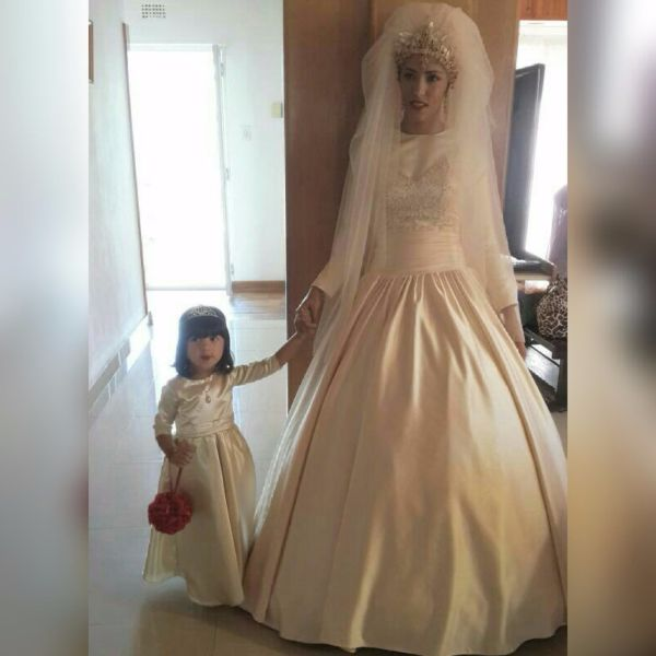 worn once wedding dresses photo - 1