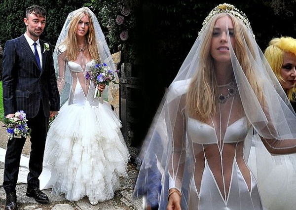 worst wedding dresses photo - 1