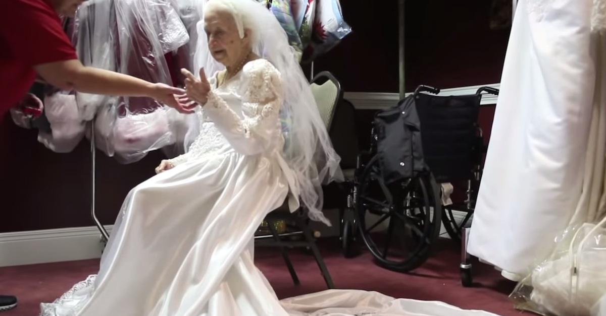 100 years of wedding dresses photo - 1