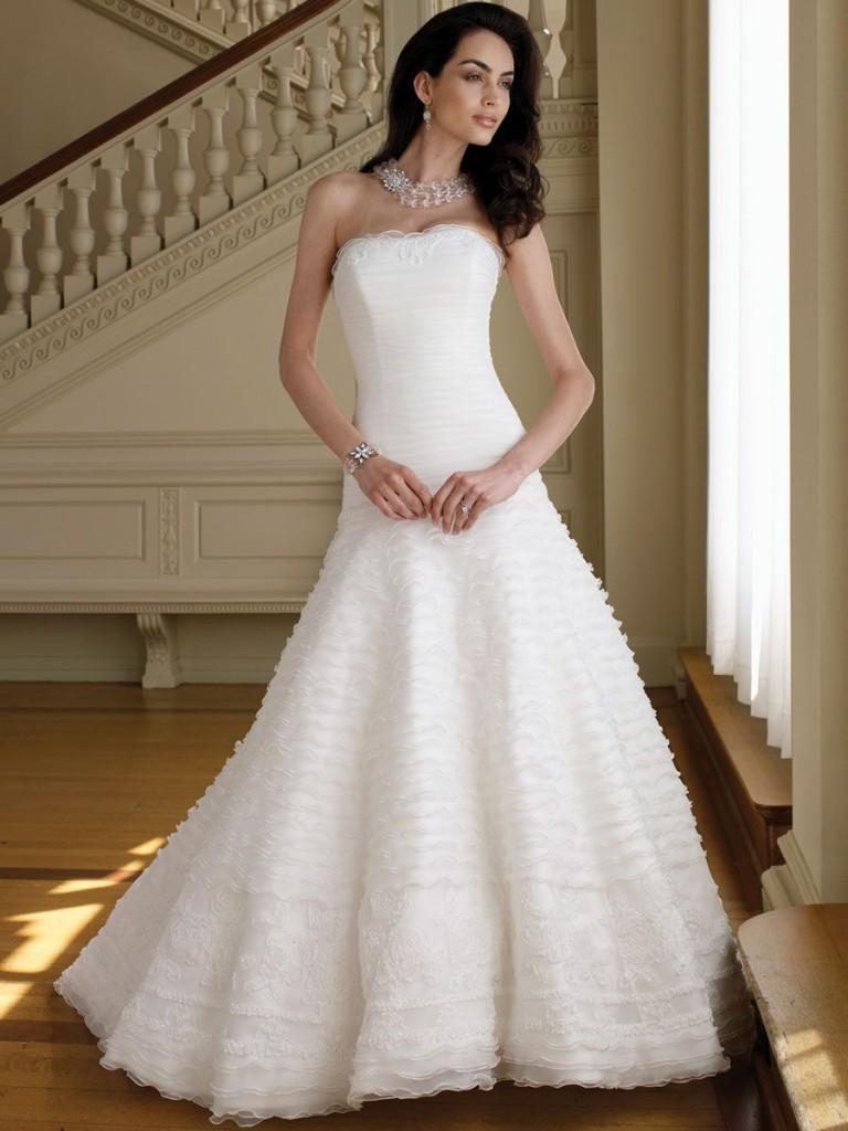 affordable wedding dresses designers photo - 1