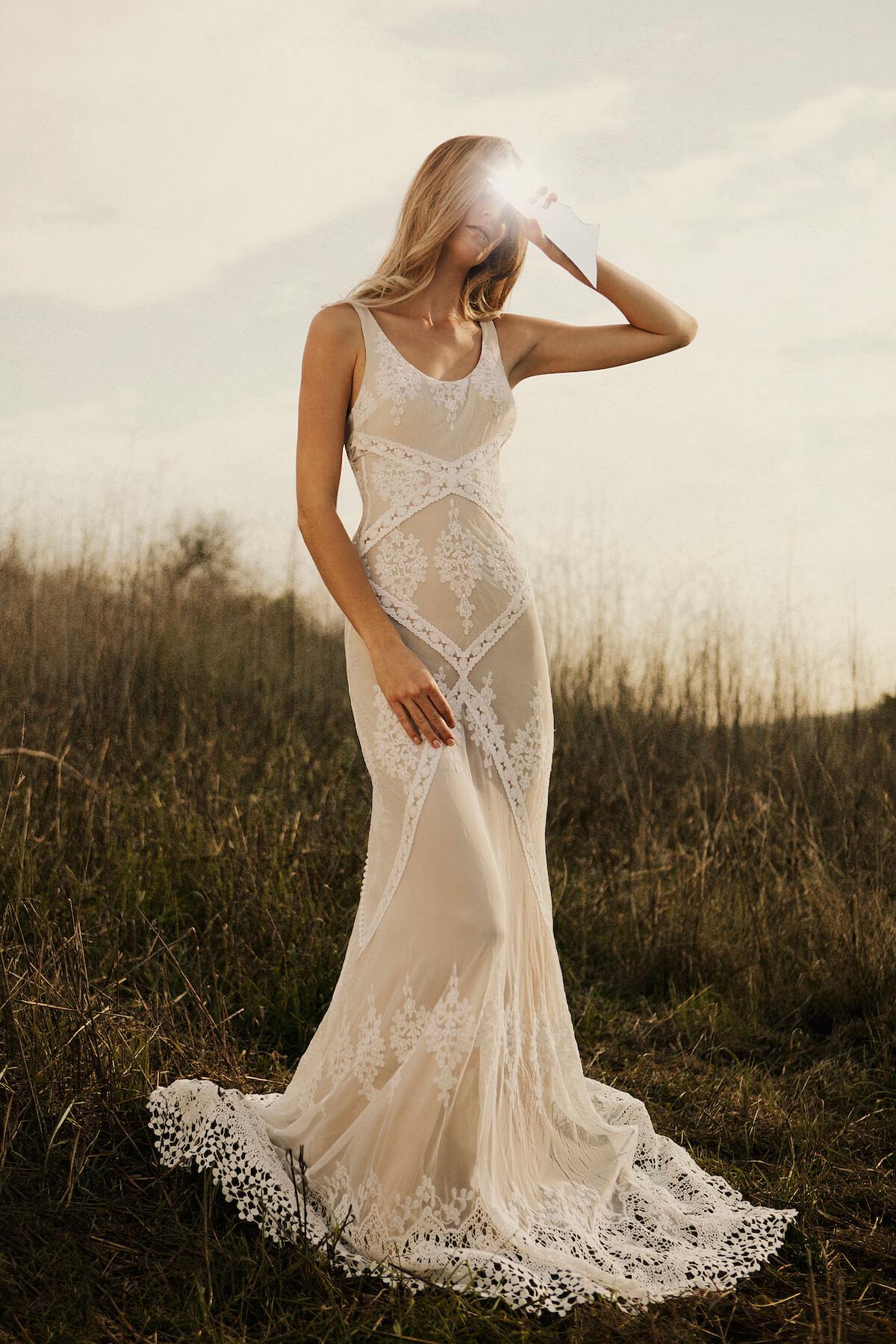 bohemian lace wedding dresses photo - 1