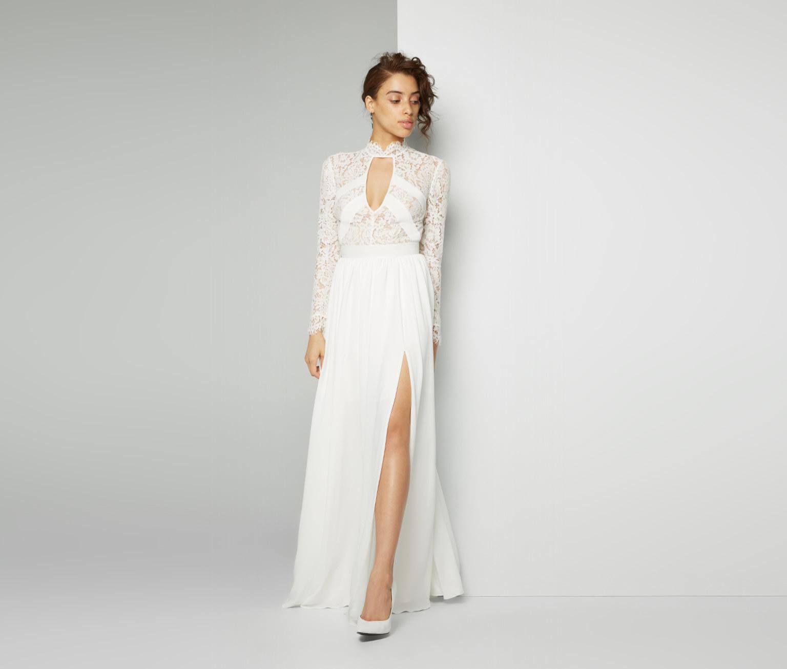 buying used wedding dresses photo - 1