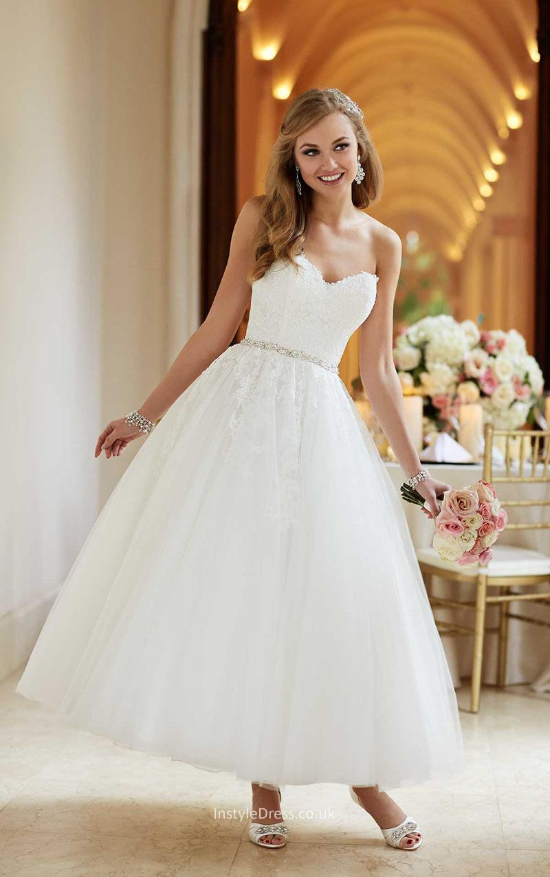 different color wedding dresses photo - 1