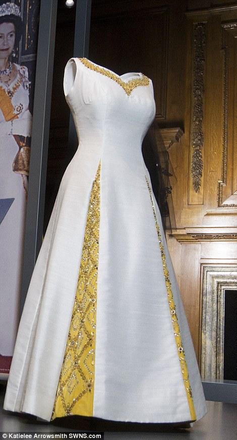 elizabeth wedding dresses photo - 1